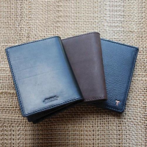 短夾 多功能短夾 男女用皮夾 鈔票夾 信用卡夾 手工皮件 包類款式 精品配件 客製化 免費燙印